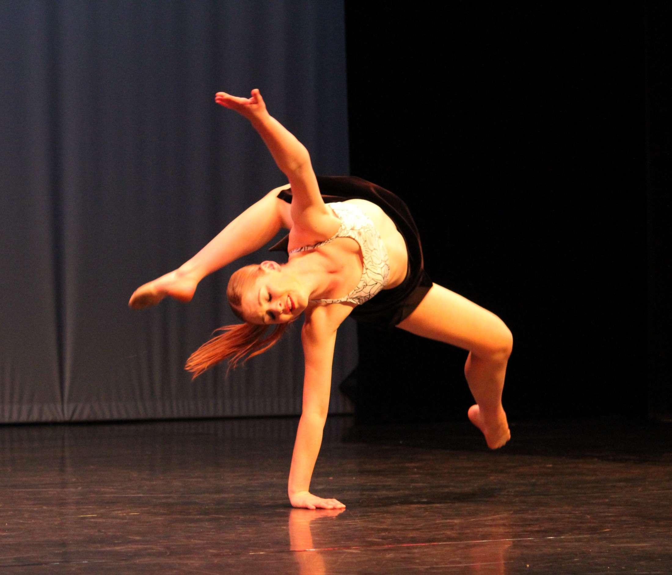 17   Goleb Dance